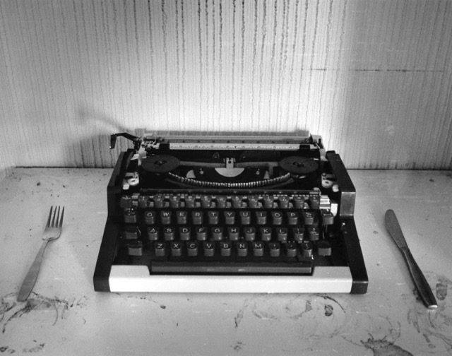 Knife, fork and typewriter (Photo Simon Piercey)