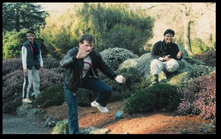 Eugene van Ervenn, Nestor Horfilla (L) and Chris Millado